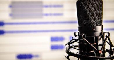 """Nowa seria podcastów Ewy Ewart """"Rozmowy ze śmiercią"""""""
