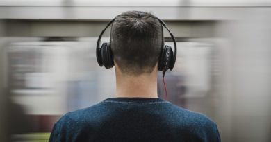 Rynek muzycznych serwisów streamingowych rośnie. Spotify zachowuje koszulkę lidera