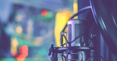 Podcastów najchętniej słuchamy wieczorami